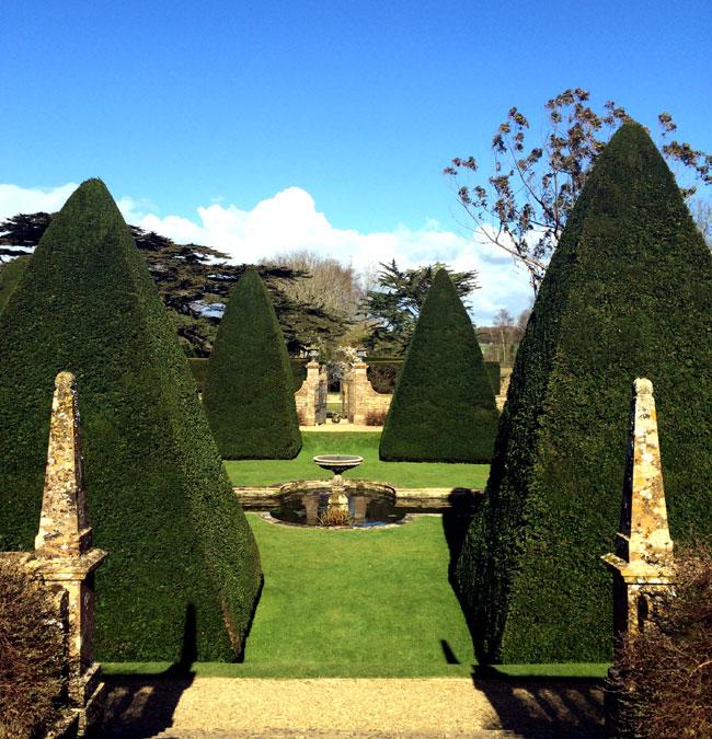 Athelhampton-House-Gardens-